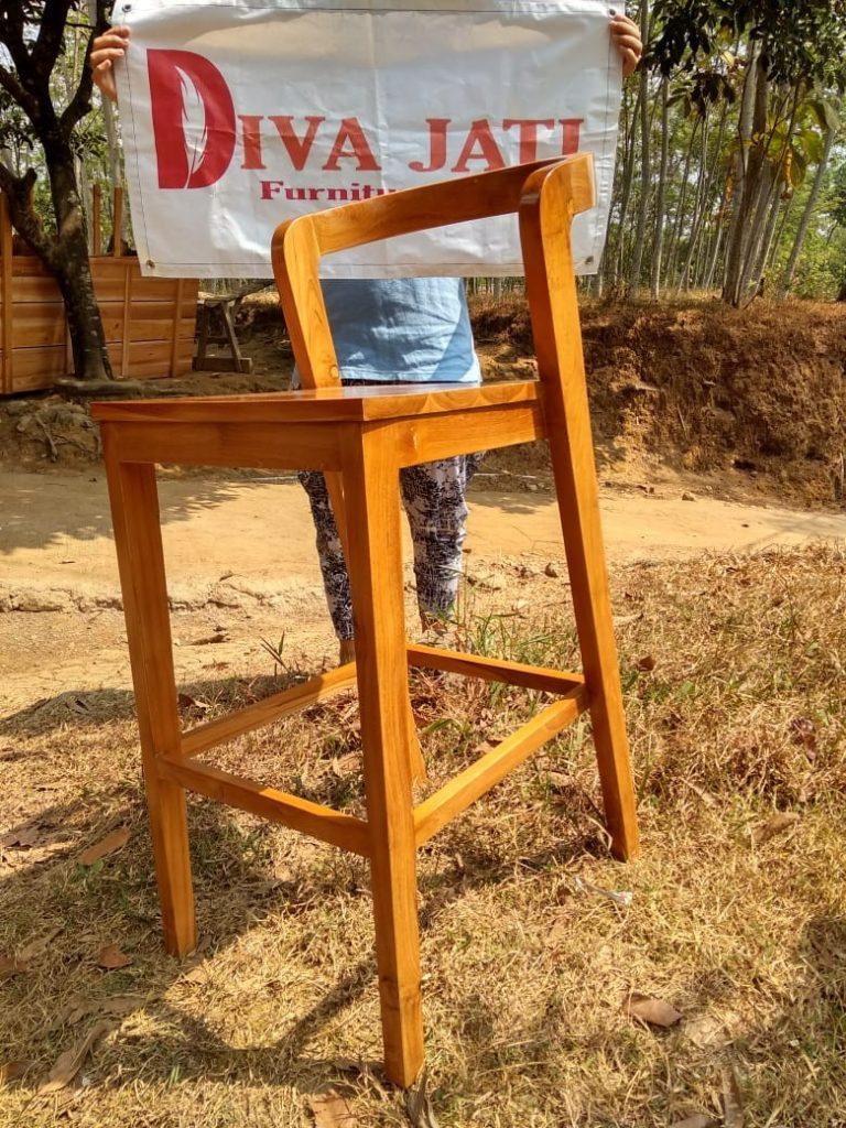 400 Koleksi Model Kursi Kayu Minimalis Untuk Cafe Terbaik