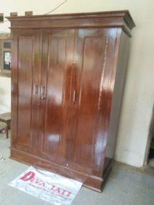 Lemari Pakaian Padang Kayu Jati Minimalis 3 Pintu