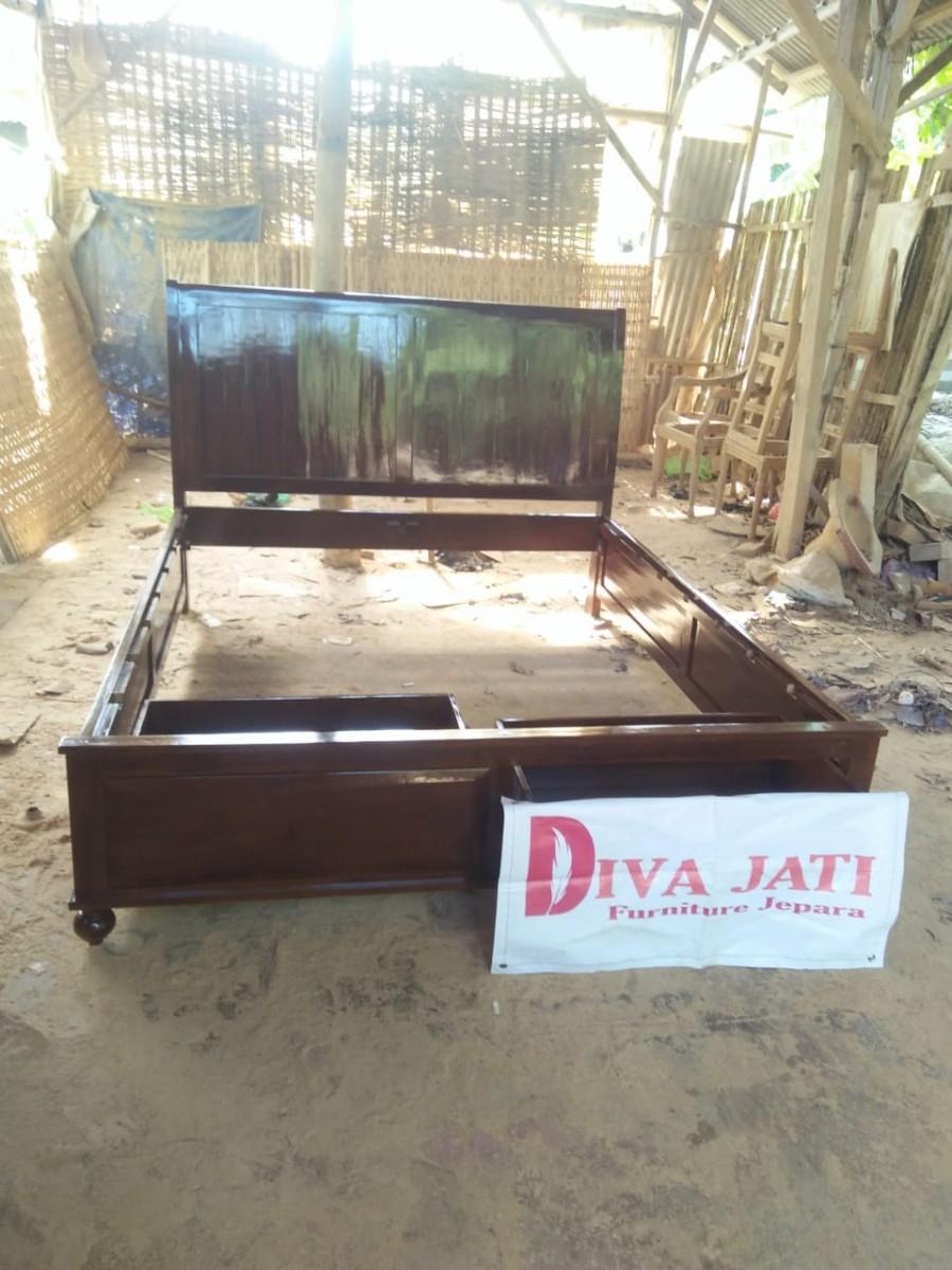 Tempat Tidur Minimalis Kediri Model Laci Kayu Jati Murah