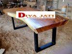Meja Trembesi Kaki Besi Terlaris Untuk Ruang Makan