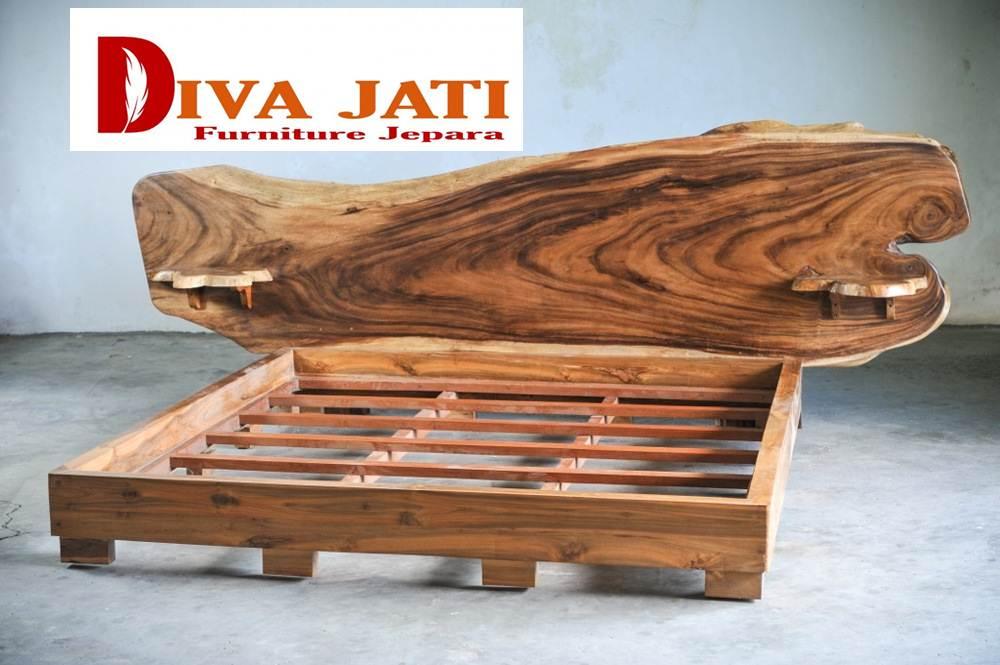ranjang kayu trembesi