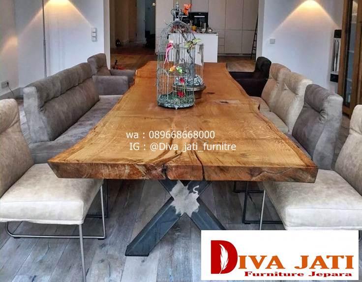 meja makan kayu besar